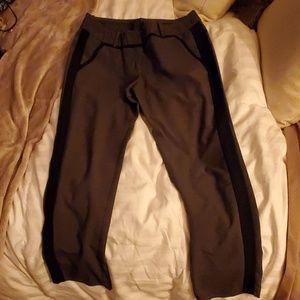 MOSSIMO DRESS CAPRIS